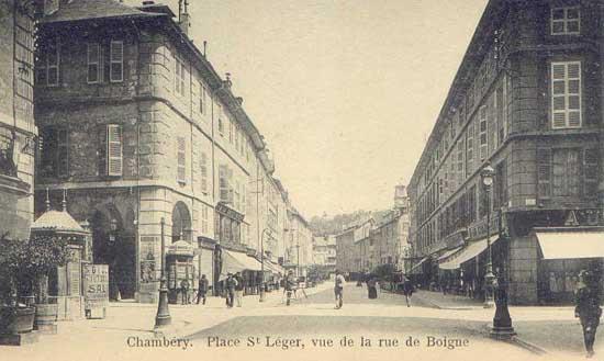 Chambery - Piscine dans petit jardin de ville saint paul ...
